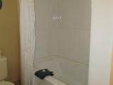 ucluelet-cottage-16-bathroom-tub