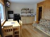 1br-cottage-kitchen-rm15