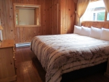 ucluelet-cottage-kingbed-private