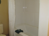 ucluelet-cottage-16-bathroom-tub